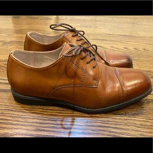Boys Florsheim Dress Shoes 5M